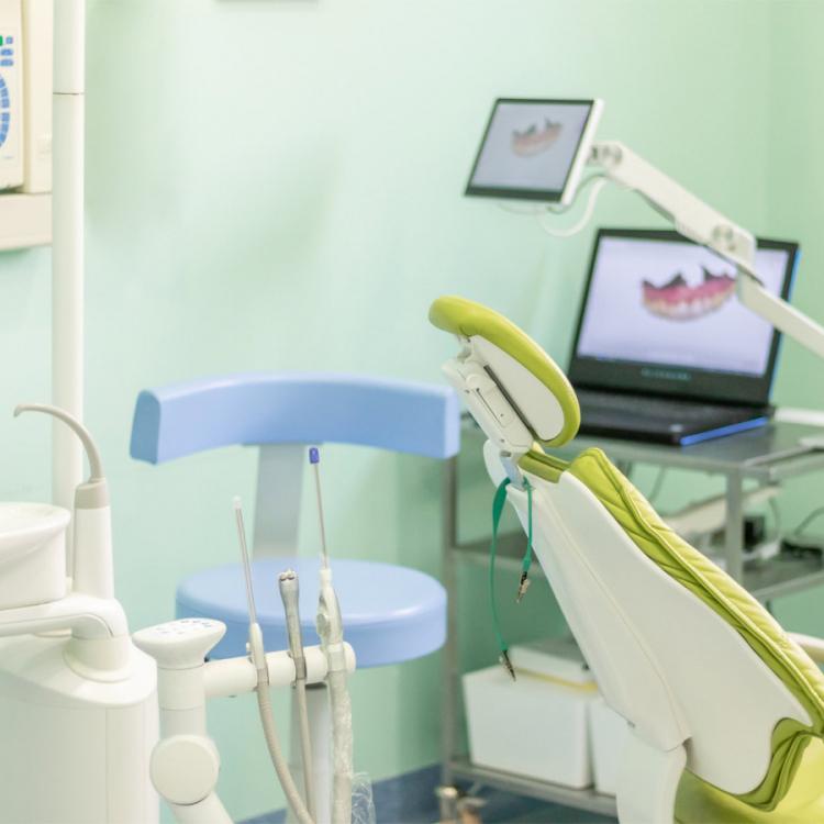 Riunito | Gallery | Dentista a Lugo | Studio Bordini Quadrelli