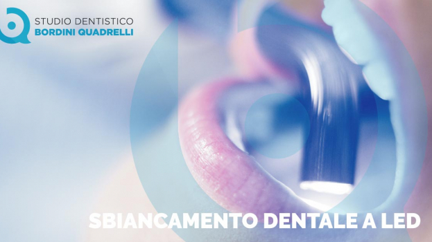 SBIANCAMENTO DENTALE A LED